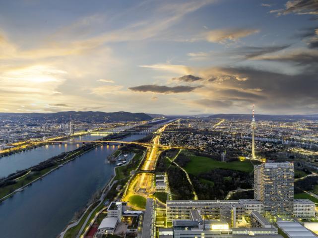 Blick-auf-die-Donau@WienTourismus-Christian-Stemper